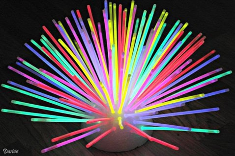 Disco Party Decoration Ideas, Glow Stick Table Decoration